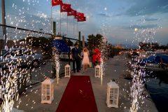 İzmir Tekne Kiralama Mutluluk Teknesi