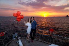 Karşıyaka Tekne Kiralama Teknede Evlenme Teklifi