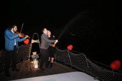 Şampanyalı evlilik teklifi organizasyonu kutlama