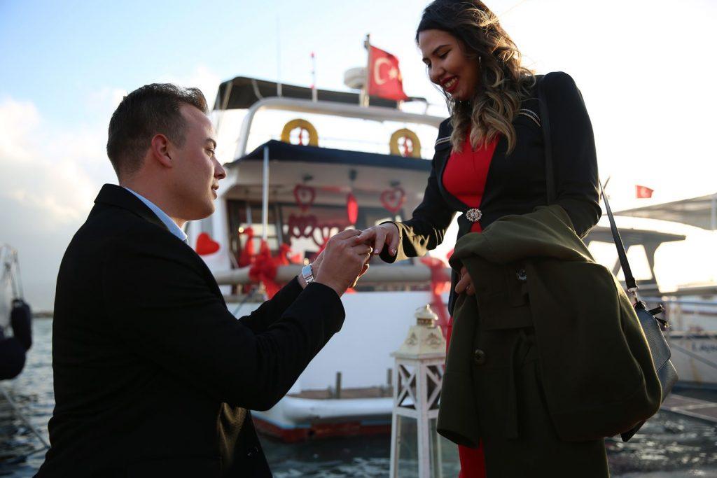 Evlilik Teklifi Organizasyonu Teknede Evlenme Teklifi Organizasyonu